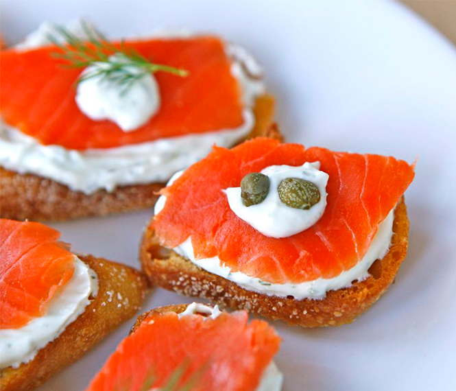 Zesty Smoked Salmon Appetizer